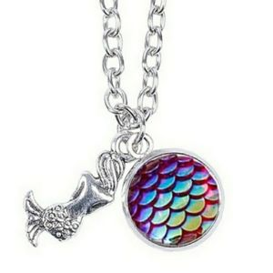 Rainbow mermaid fish scale silver necklace. NWT